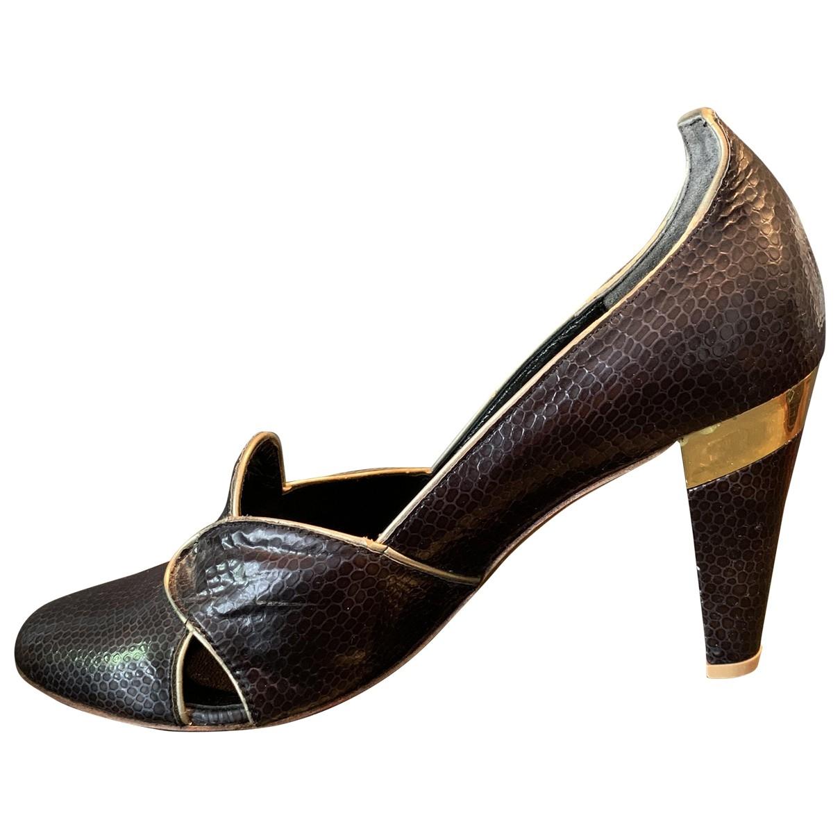Gaspard Yurkievich - Escarpins   pour femme en cuir - noir