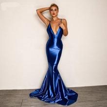 Rueckenfreies Cami Kleid mit Fischschwanz und V Ausschnitt