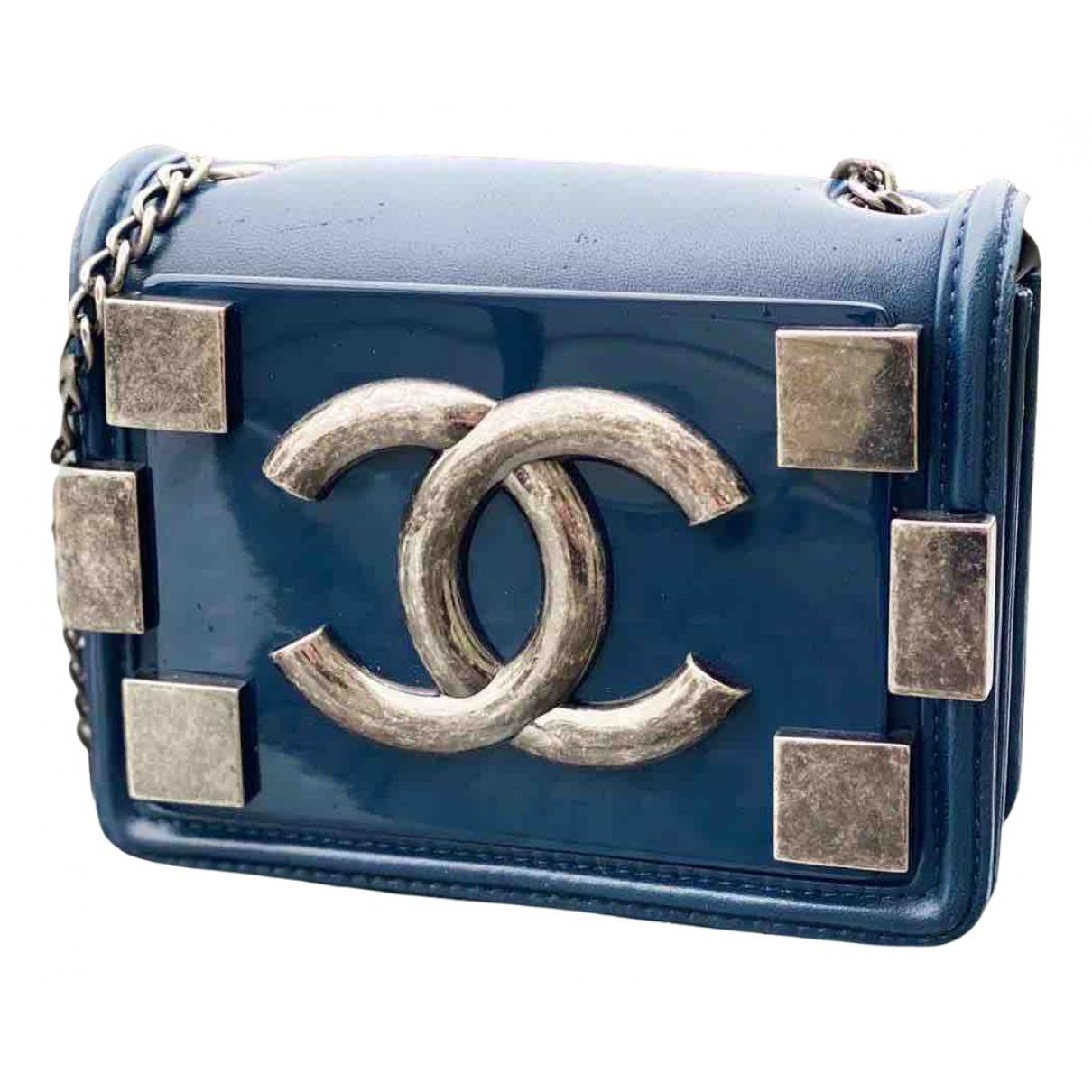 Chanel \N Clutch in  Blau Leder