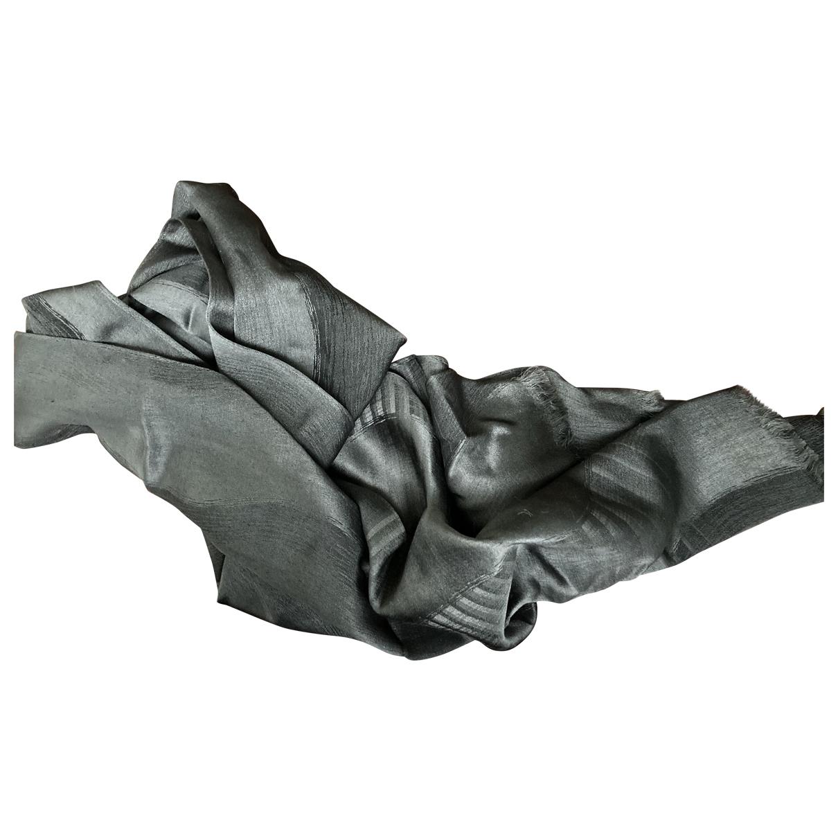 Pañuelo / bufanda de Seda Giorgio Armani