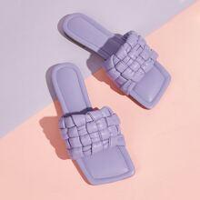 Sandalen mit quadratischer Zehenpartie