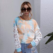 Sweatshirt mit Kontrast Spitze und Batik