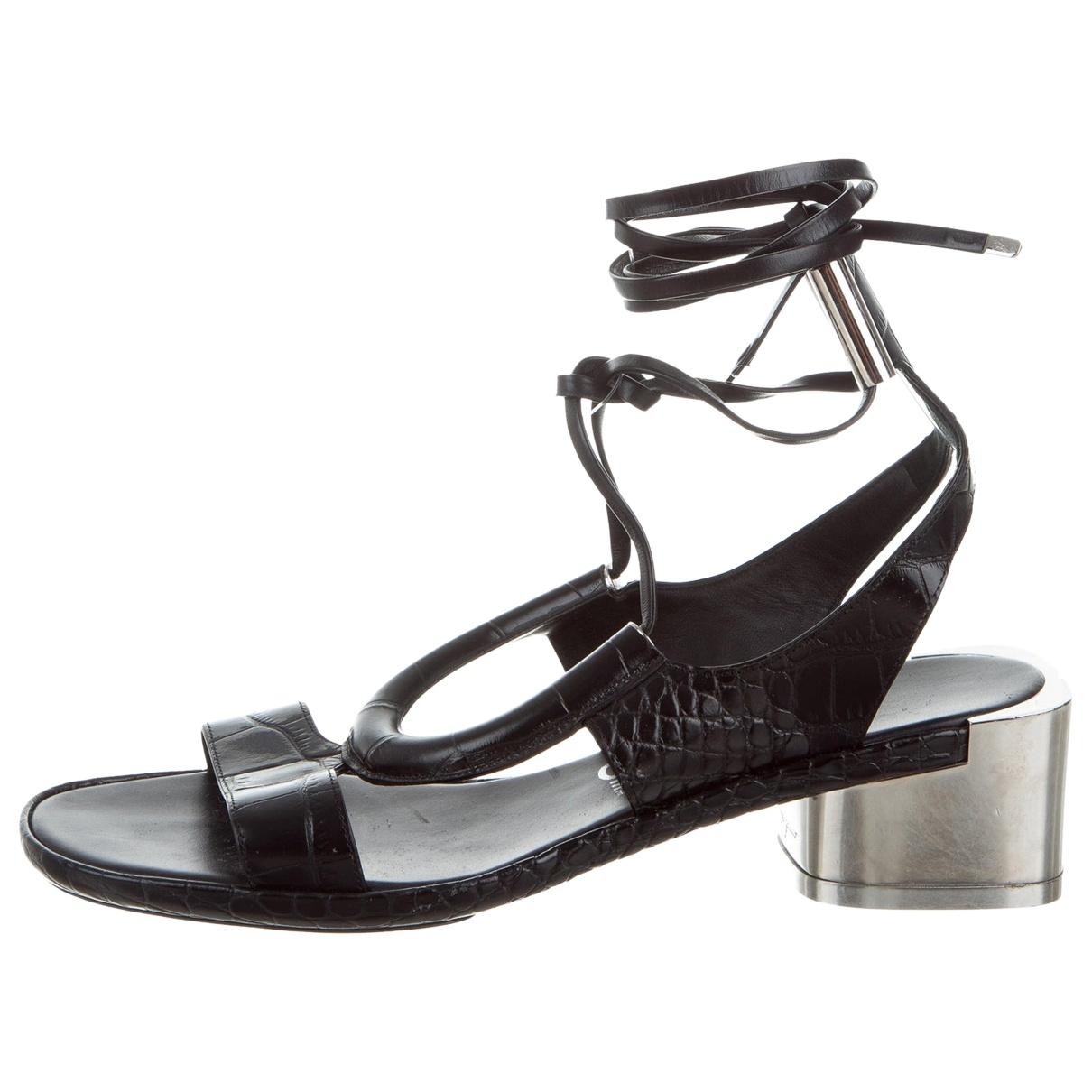 Salvatore Ferragamo \N Black Leather Sandals for Women 7 US