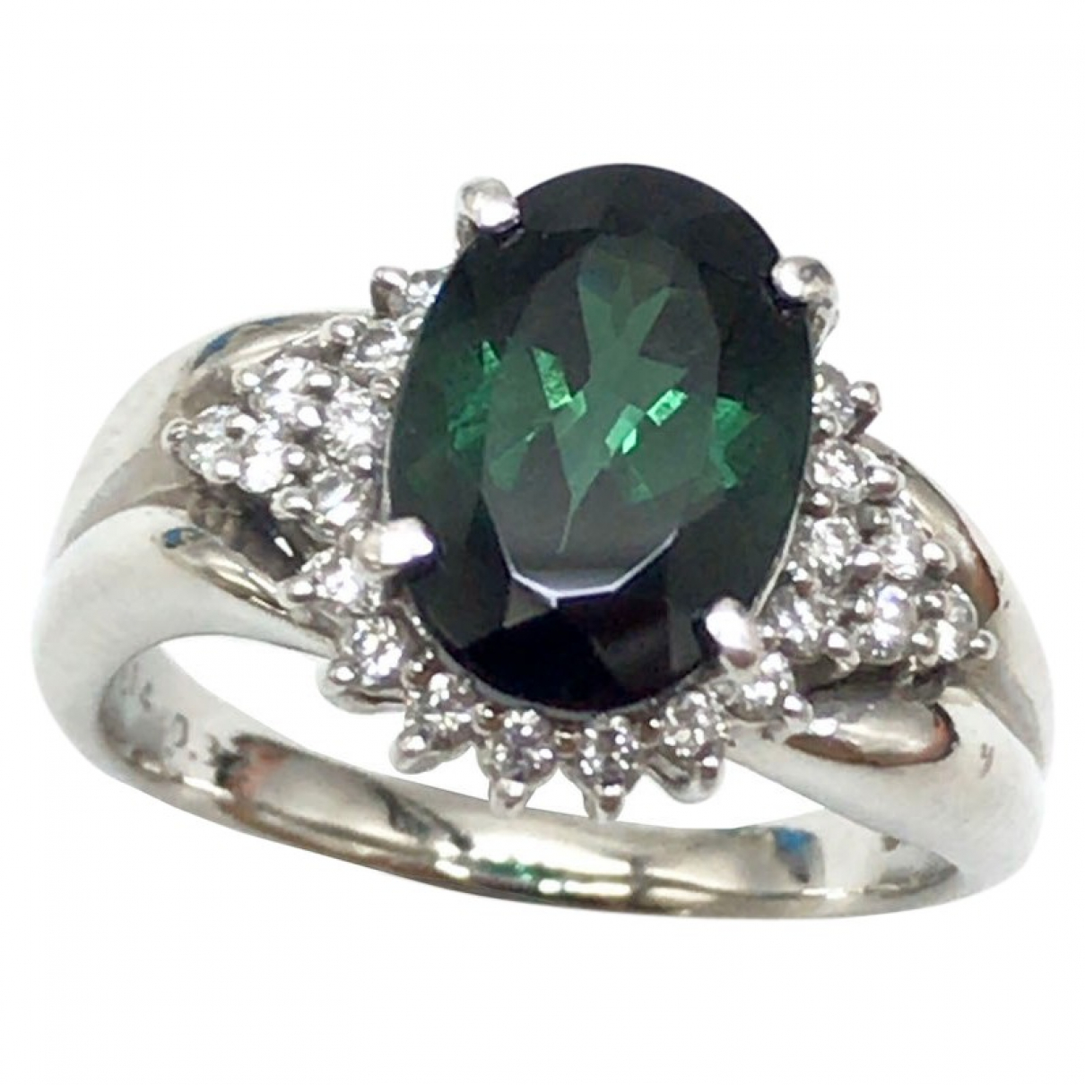 Non Signe / Unsigned Emeraude Ring in Platin