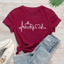 Camiseta con estampado de corazon y dibujo