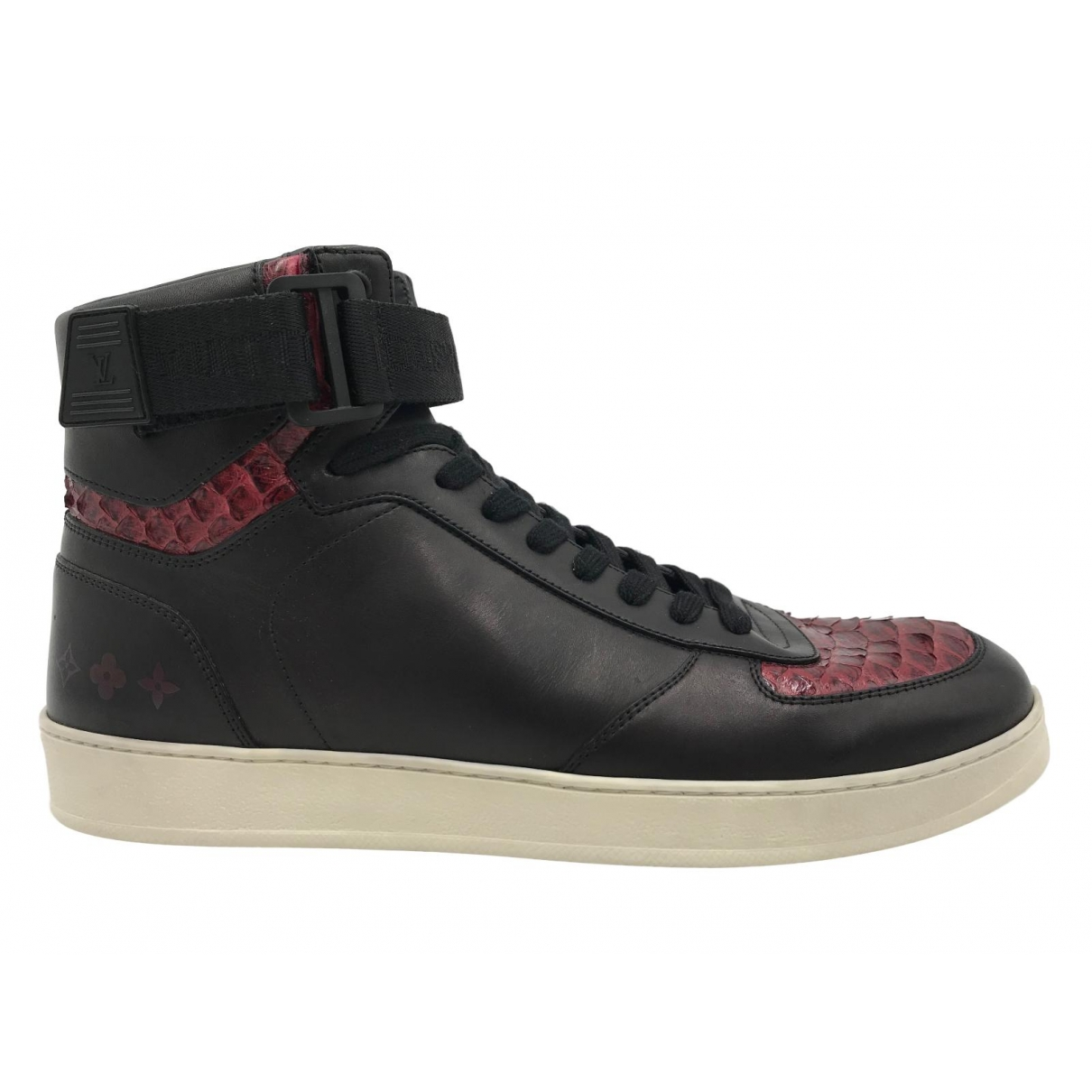 Louis Vuitton \N Black Exotic leathers Trainers for Men 9 UK
