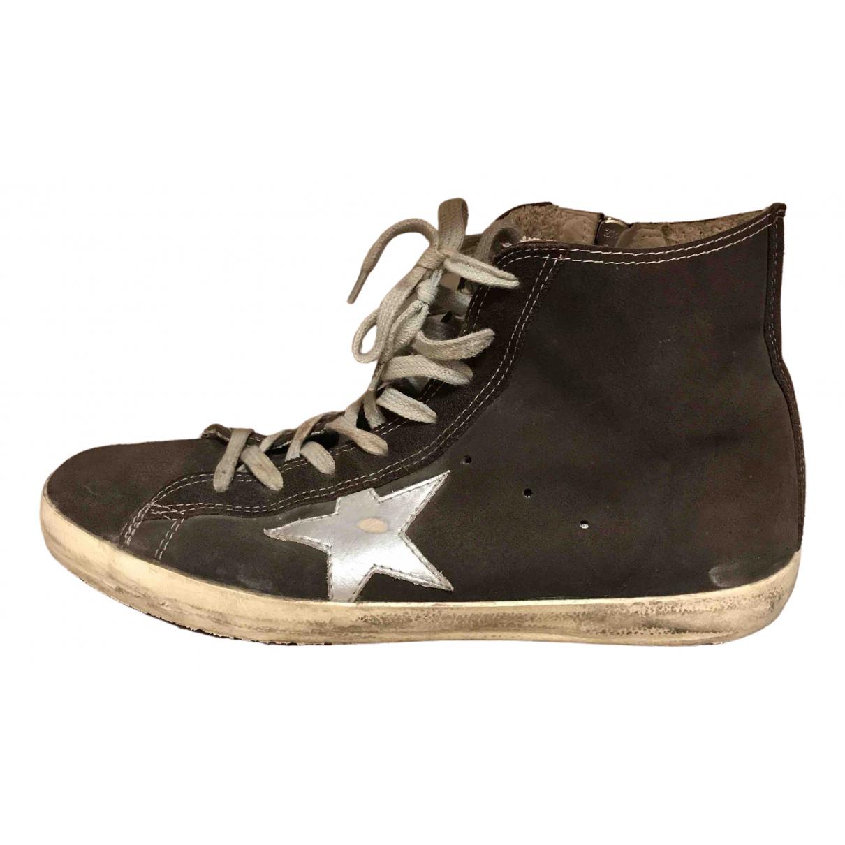 Golden Goose Francy Sneakers in  Braun Veloursleder