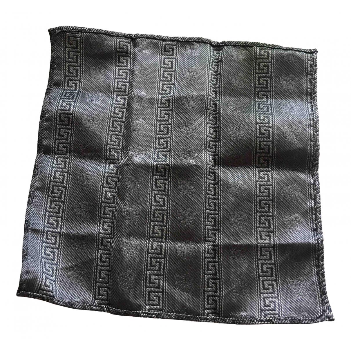 Versace \N Metallic Silk scarf & pocket squares for Men \N