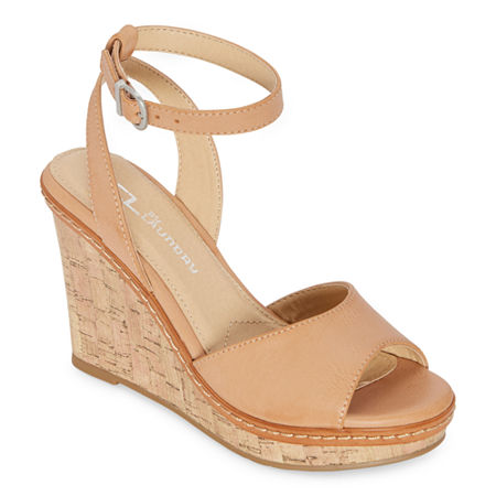 CL by Laundry Womens Brooks Wedge Sandals, 6 Medium, Beige