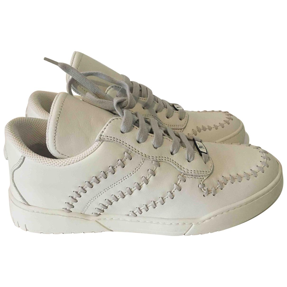 Bottega Veneta \N Sneakers in  Weiss Leder