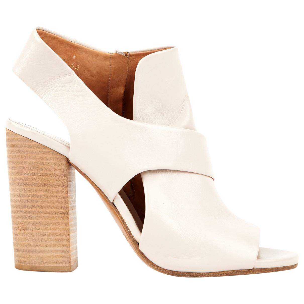 Maison Martin Margiela \N Ecru Leather Sandals for Women 40 EU