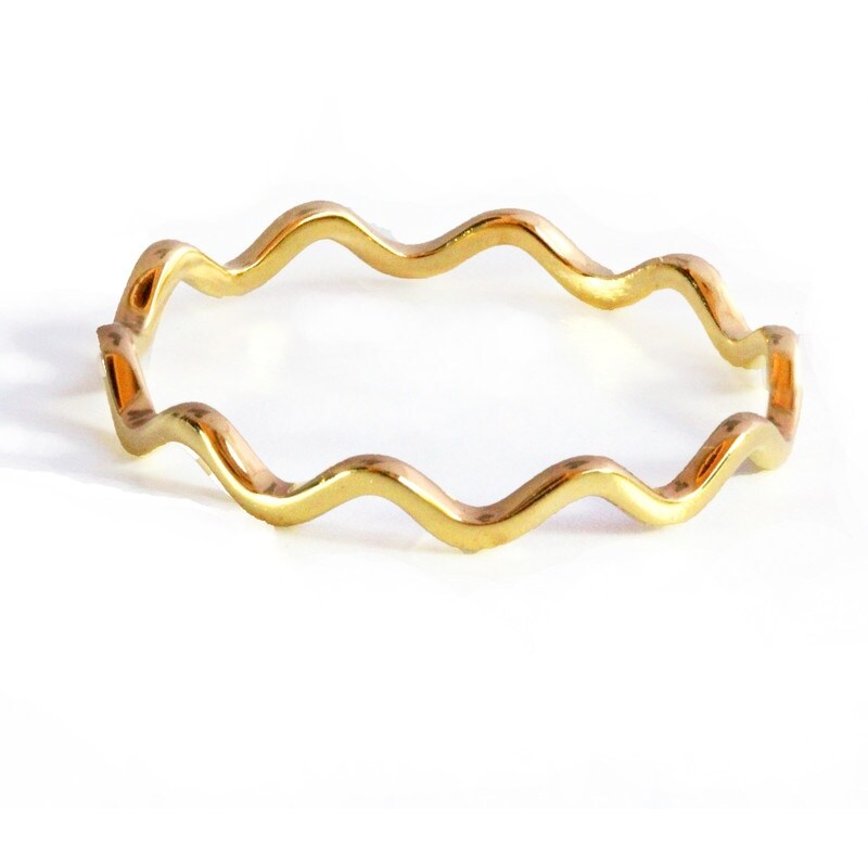 Thin Wavy Noodle In 18K Gold Over Sterling Silver (8 - Yellow)
