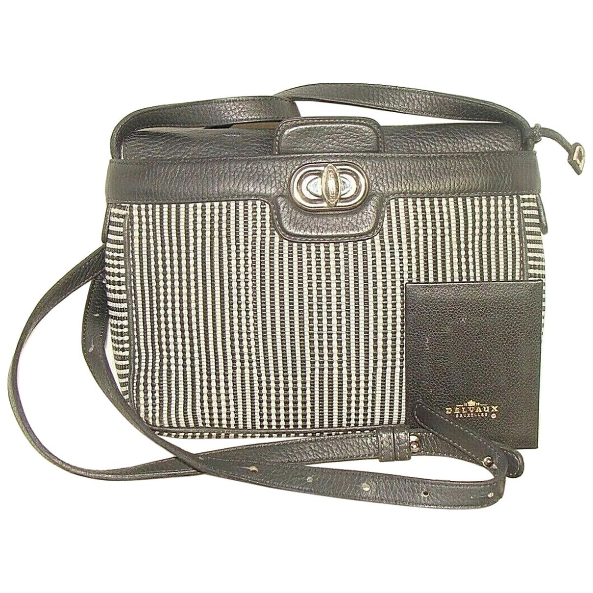 Delvaux \N Handtasche in Leder
