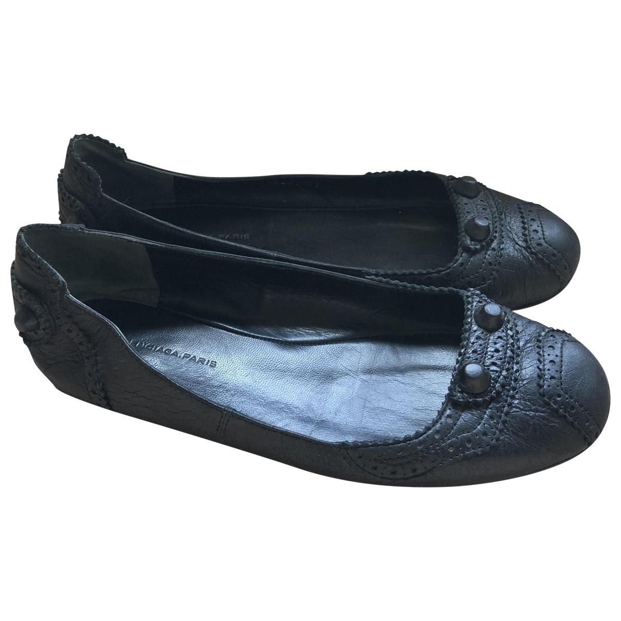 Balenciaga \N Black Leather Ballet flats for Women 37 EU