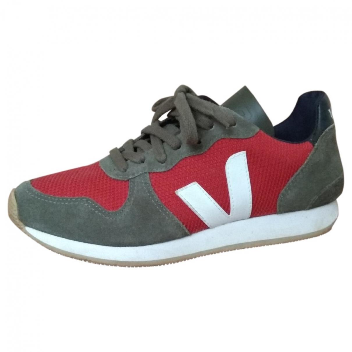 Veja \N Sneakers in  Gruen Leinen
