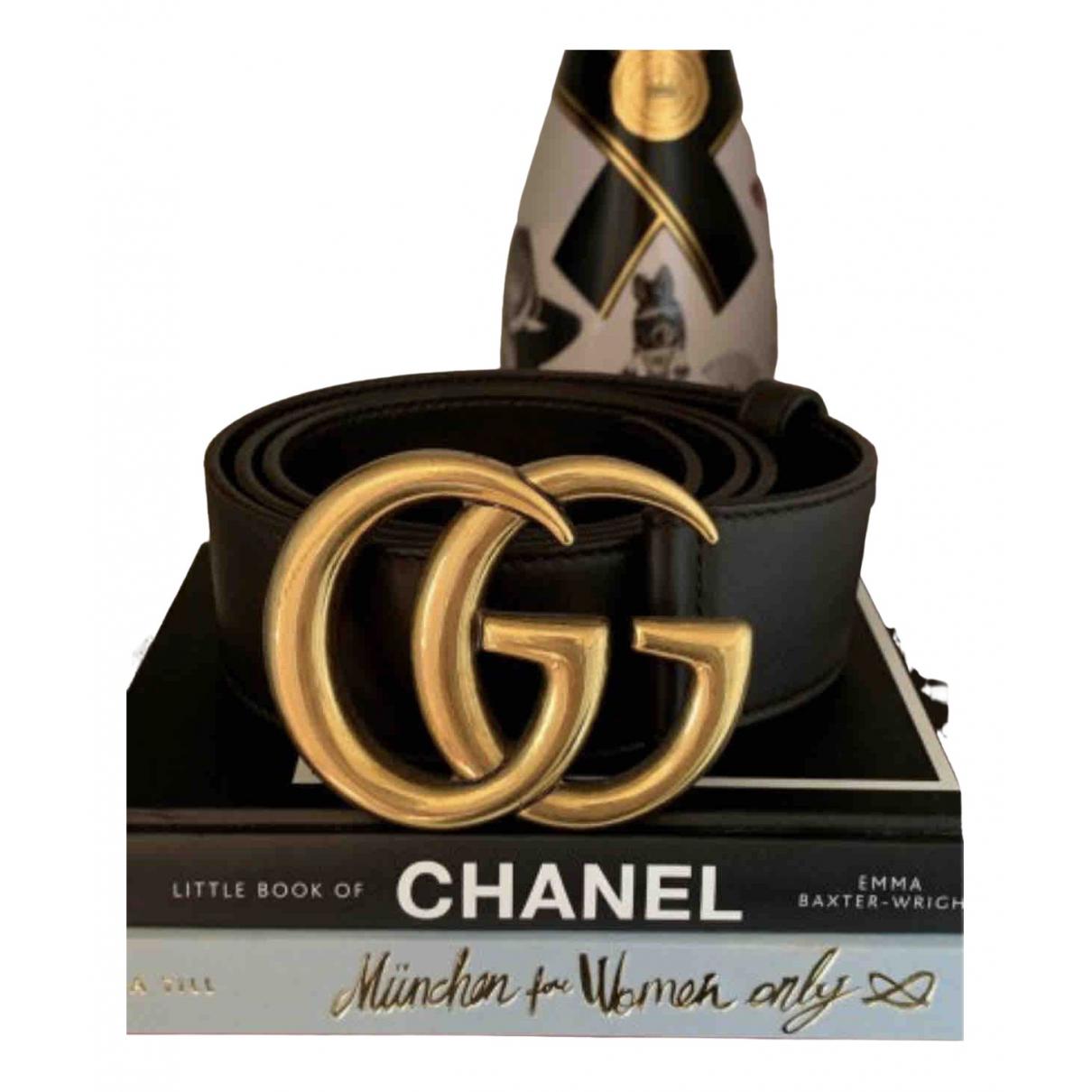 Gucci GG Buckle Guertel in  Braun Leder