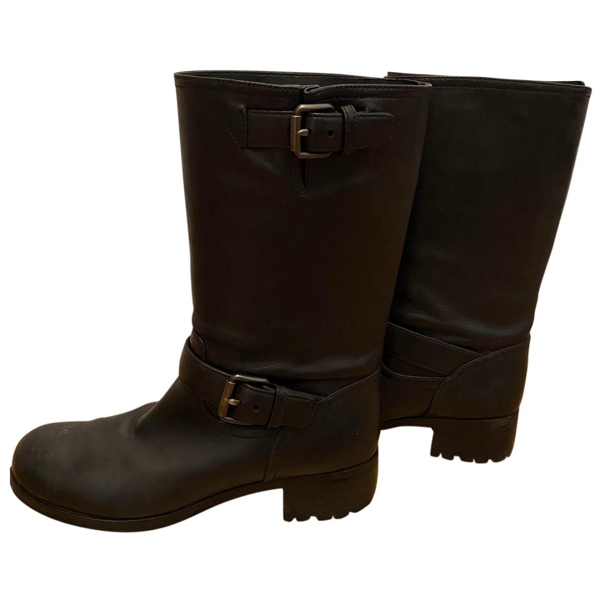 Prada \N Black Fur Boots for Women 37.5 EU