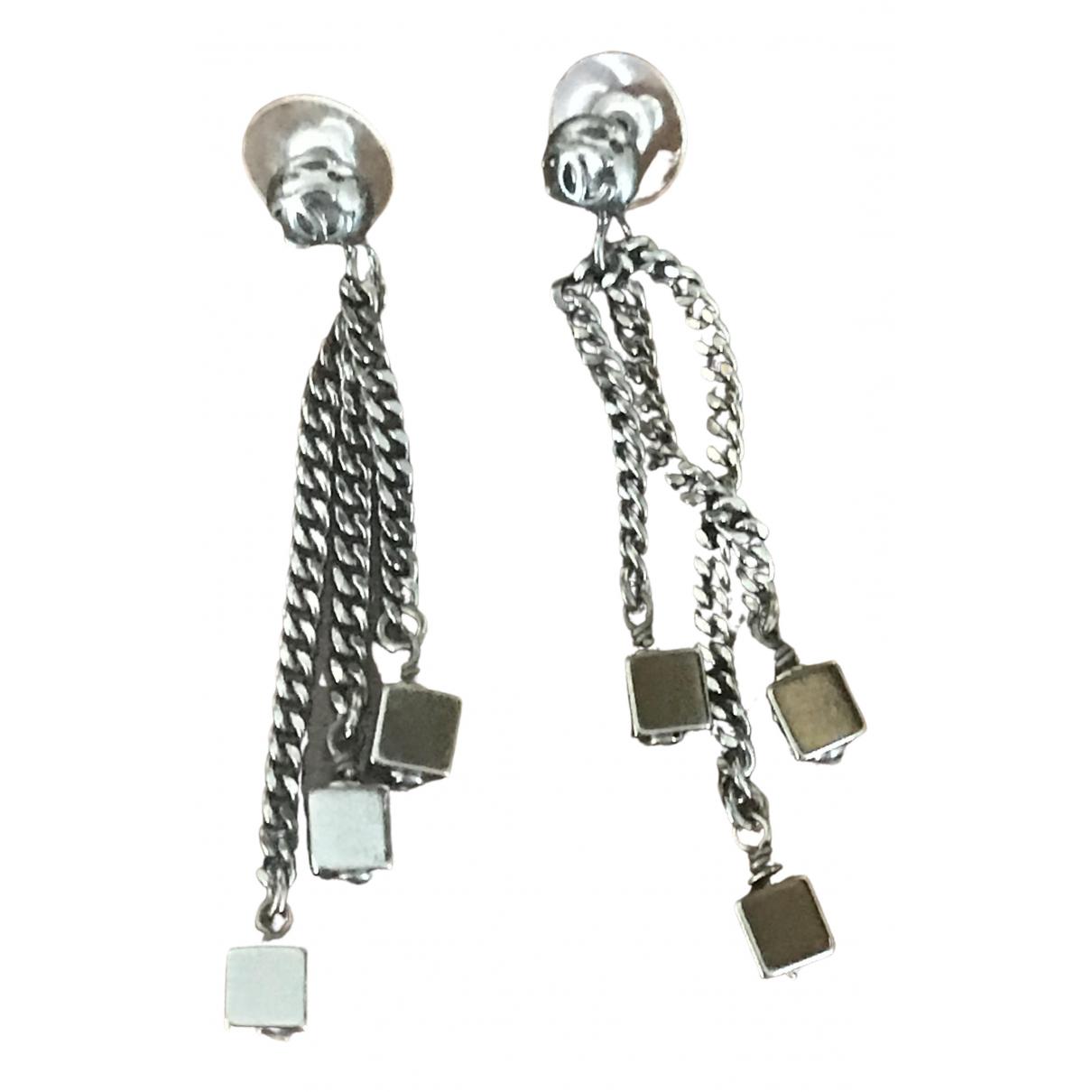 Chanel \N Black Metal Earrings for Women \N