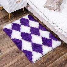 Geometric Pattern Plush Floor Mat