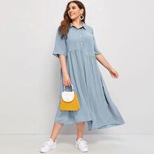 Kleid mit Taschen vorn und asymmetrischem Saum
