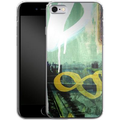 Apple iPhone 6 Silikon Handyhuelle - Bees Urbanalley von Brent Williams