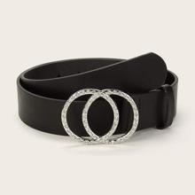 Cinturon con hebilla con doble aro grabada con diamantes de imitacion
