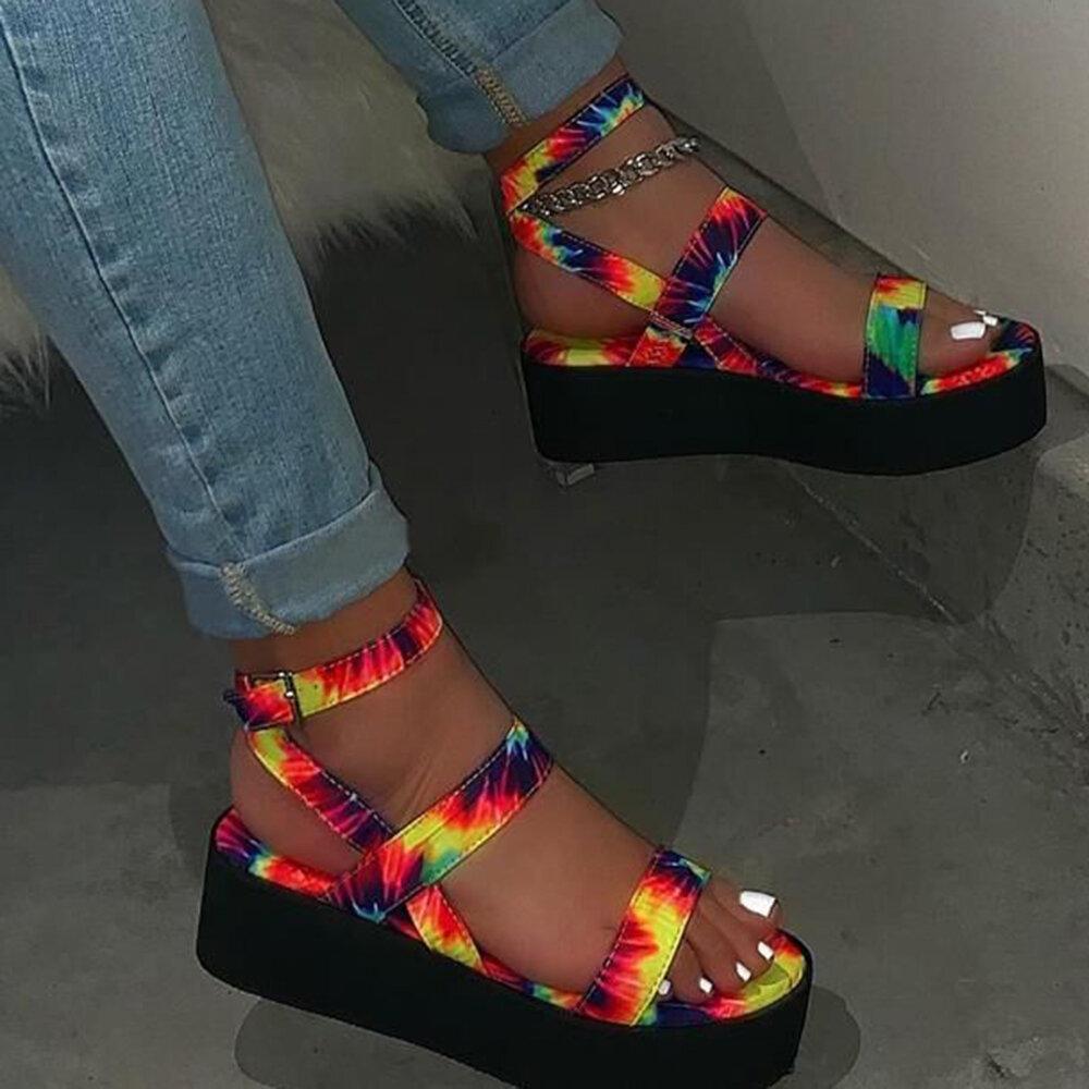 Large Size Women Retro Comfy Buckle Strap Platform Sandals