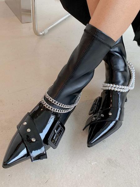Milanoo Botines de mujer Piel de vaca Detalles de metal negro Cadenas de punta puntiaguda Botas de perlas