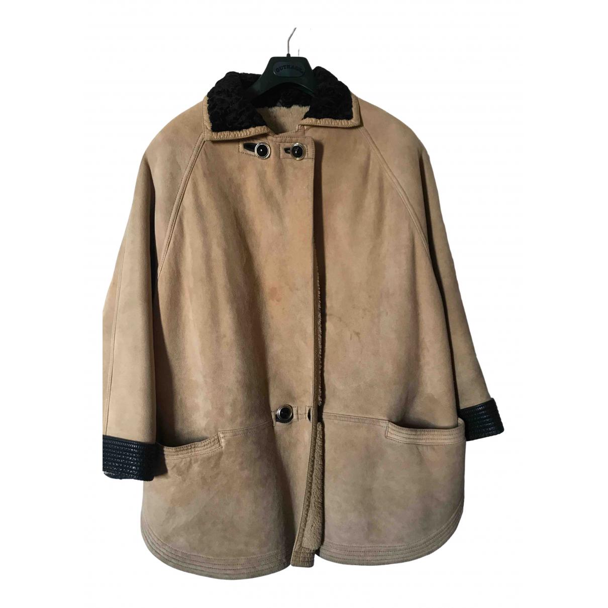 Gianni Versace \N Beige Shearling jacket for Women 46 IT
