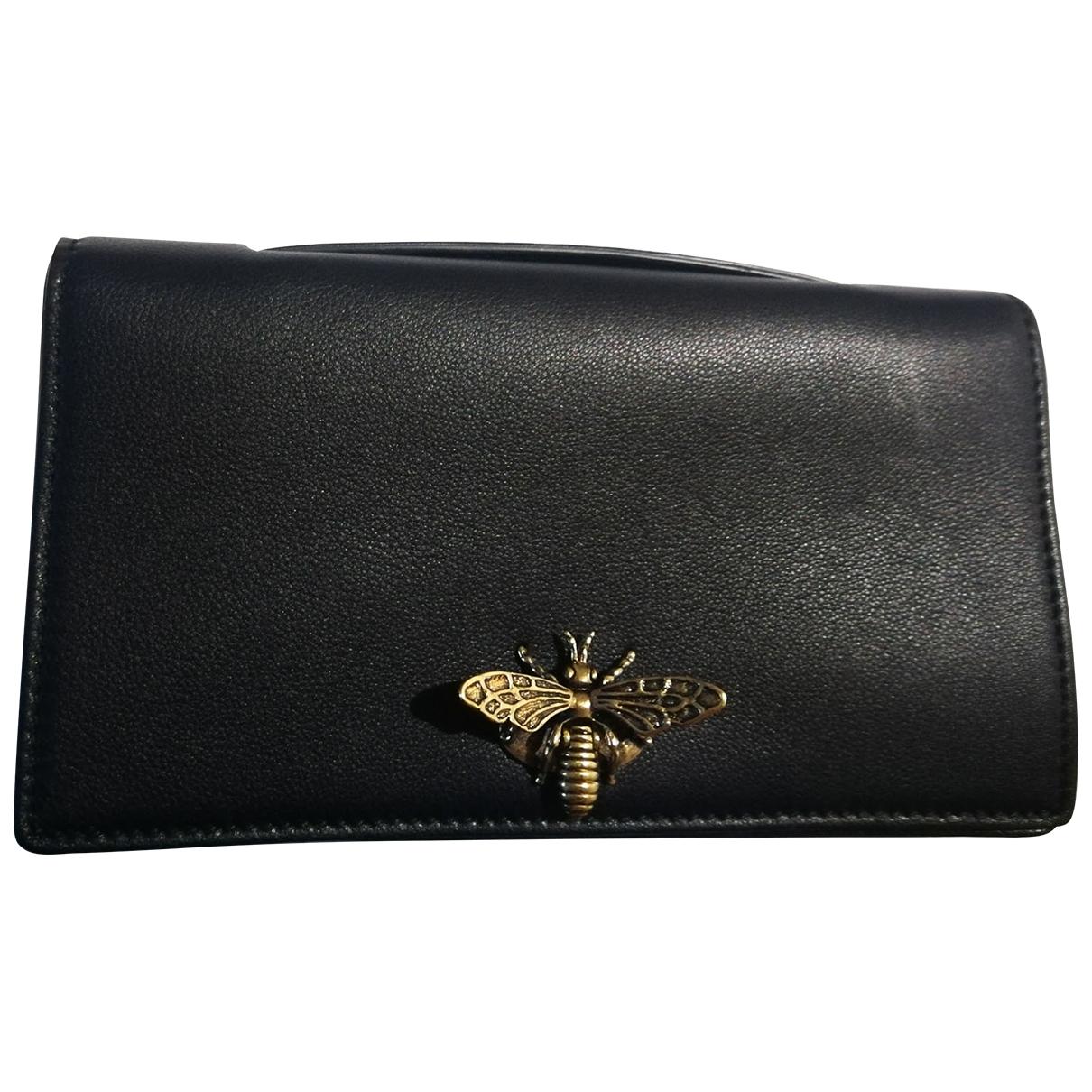 Dior D-Bee Clutch in  Schwarz Leder
