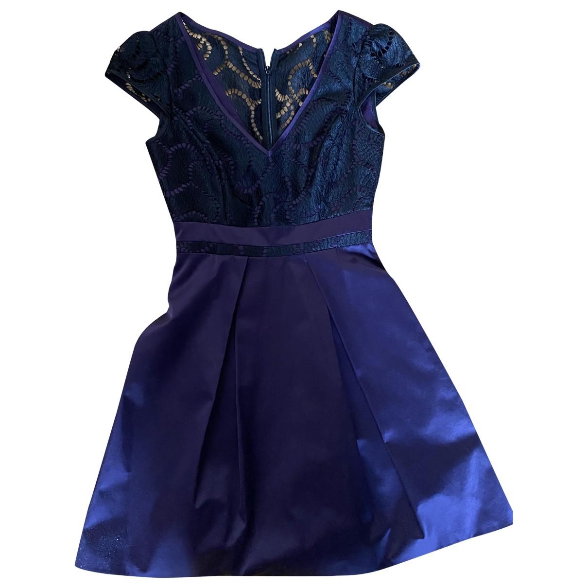 Karen Millen \N Kleid in  Lila Synthetik