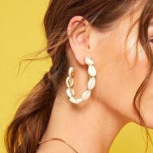 Shell Decor Cut Hoop Earrings 1pair