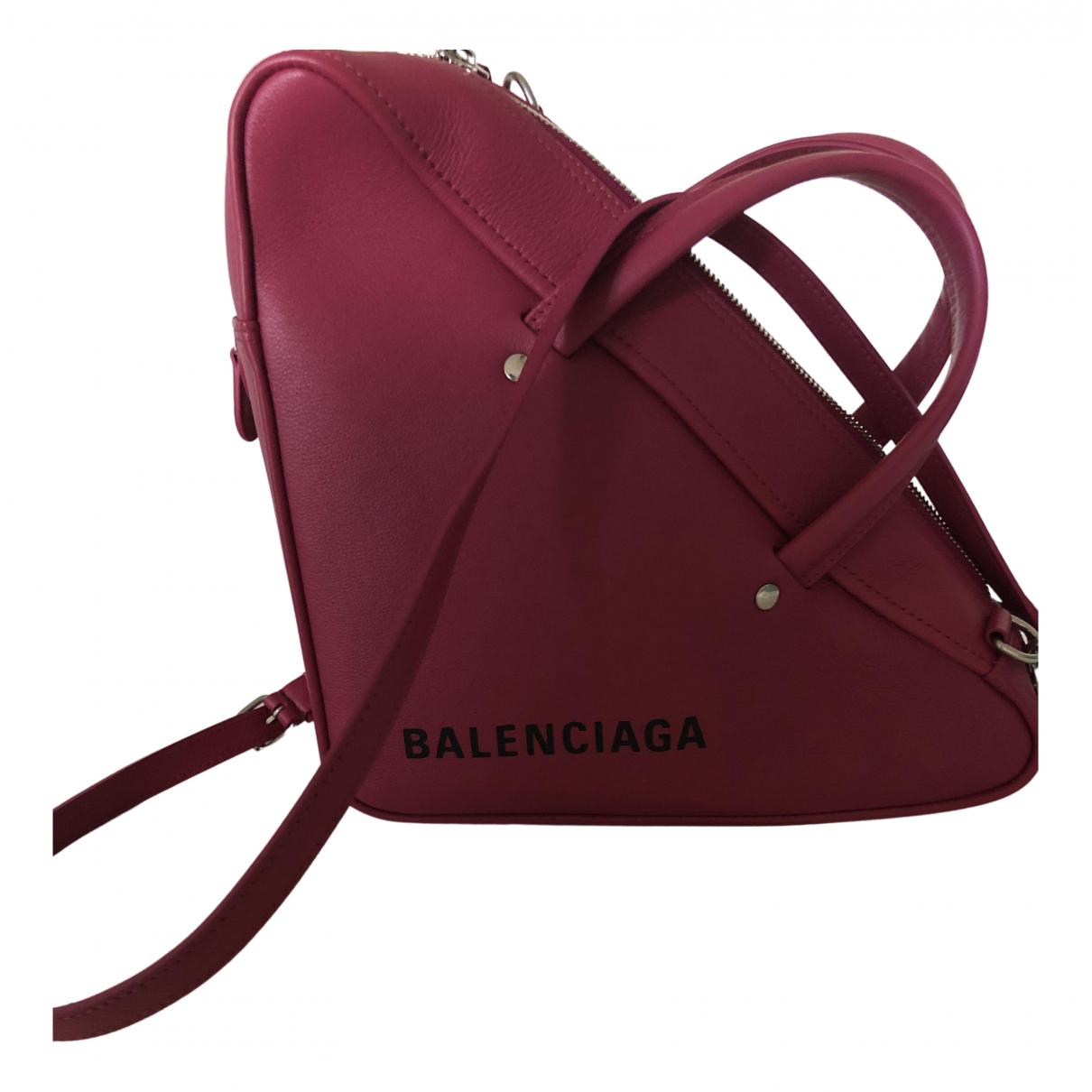 Balenciaga Triangle Clutch in  Rosa Leder