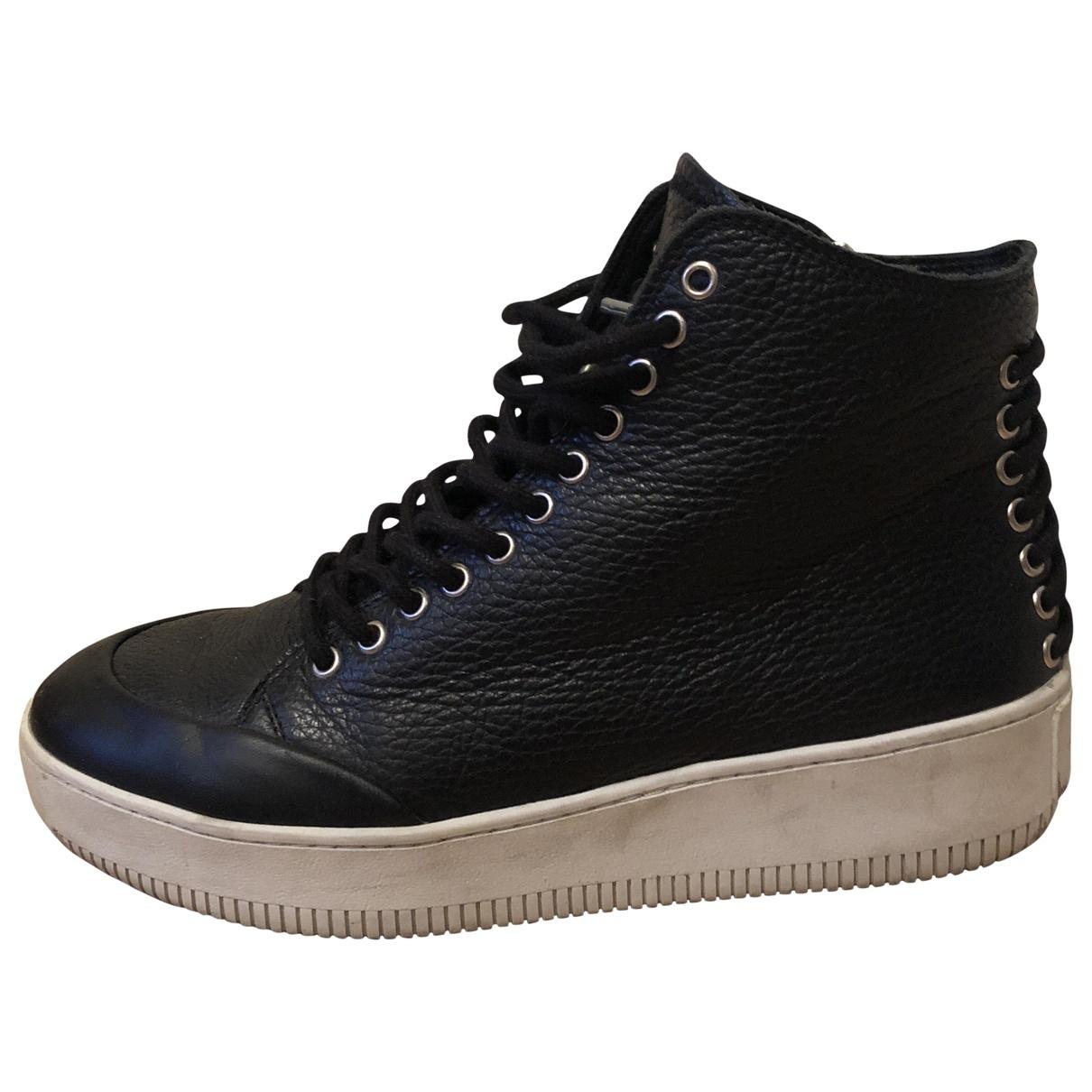 Mcq \N Sneakers in  Schwarz Leder
