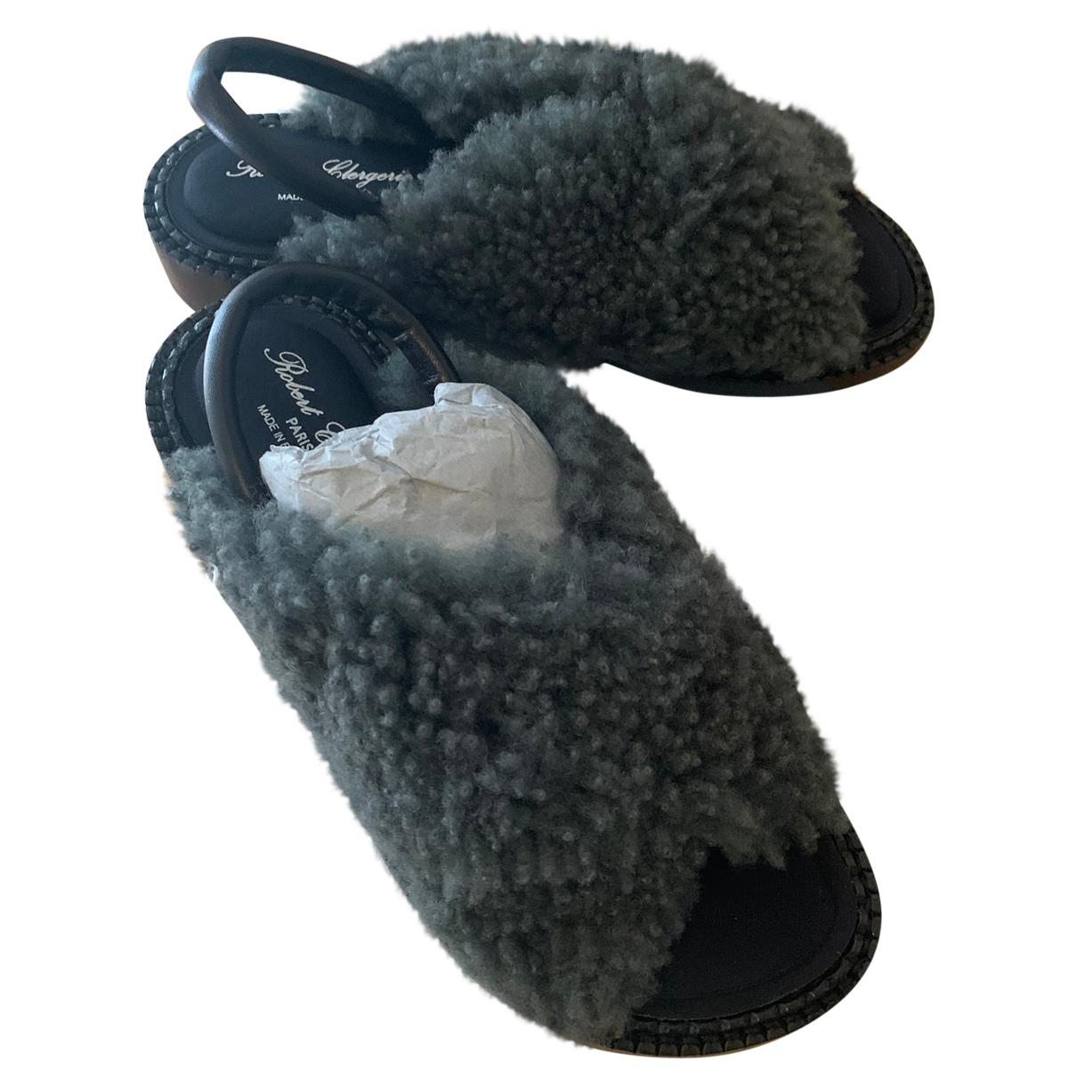 Robert Clergerie - Sandales   pour femme en mouton - gris