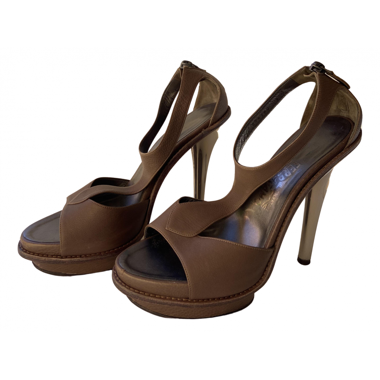 Salvatore Ferragamo \N Grey Leather Sandals for Women 9 US