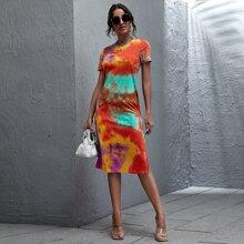 Kleid mit Schlitz und Batik