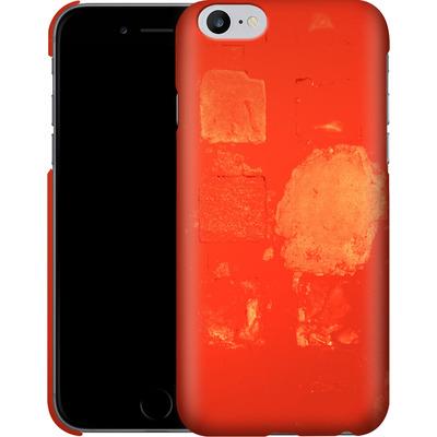 Apple iPhone 6s Plus Smartphone Huelle - Red Block Background von Brent Williams