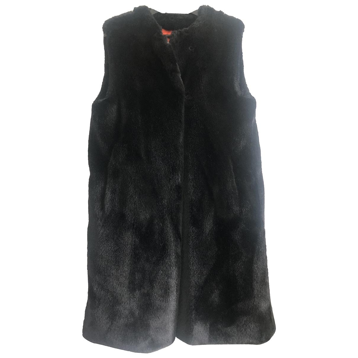 Non Signé / Unsigned Oversize Black Faux fur coat for Women One Size International