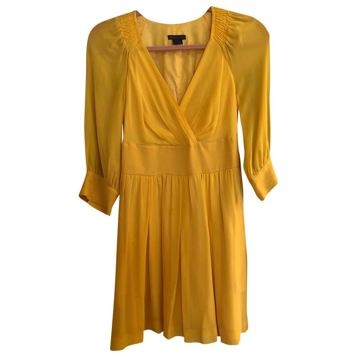Emporio Armani \N Kleid in  Gelb Seide