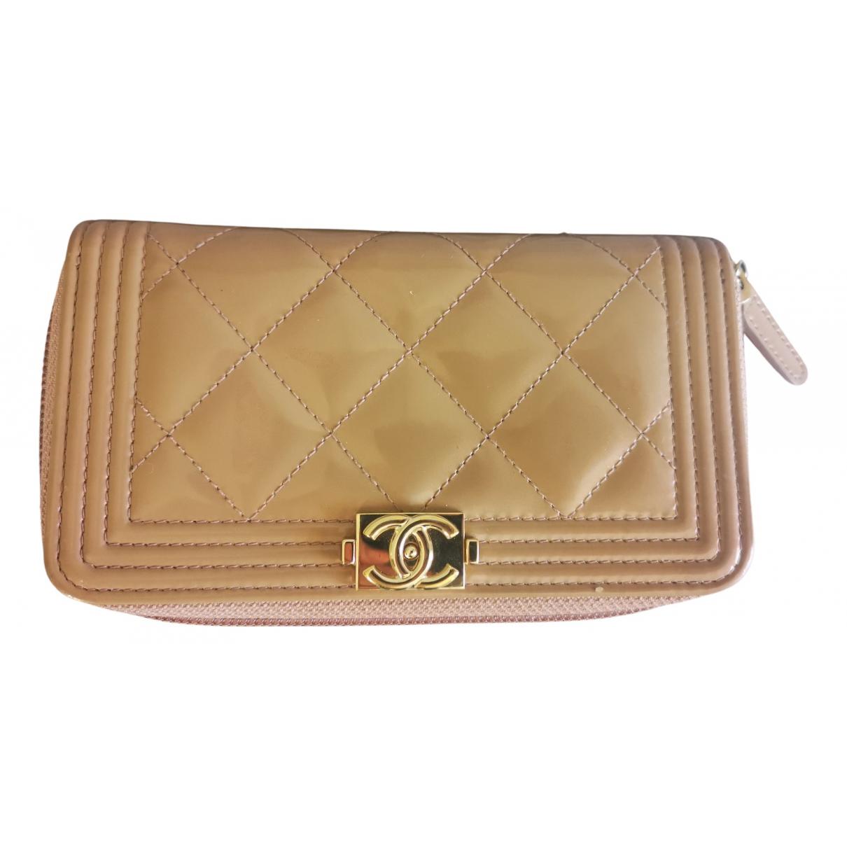 Chanel Boy Beige Patent leather wallet for Women N