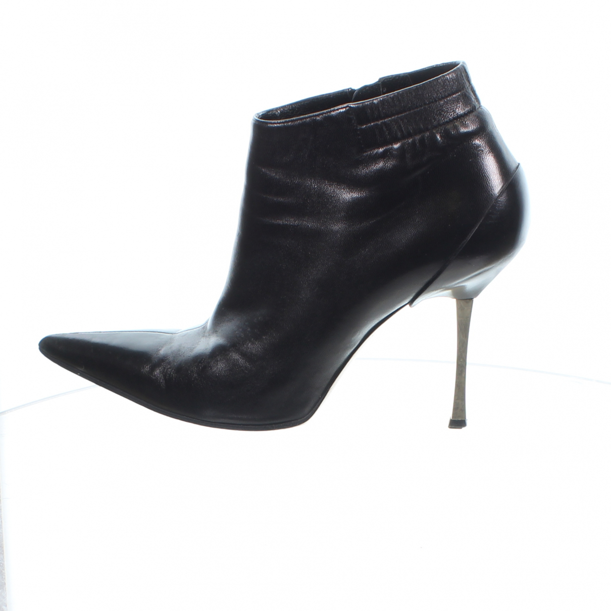 Gucci \N Black Leather Ankle boots for Women 37.5 EU