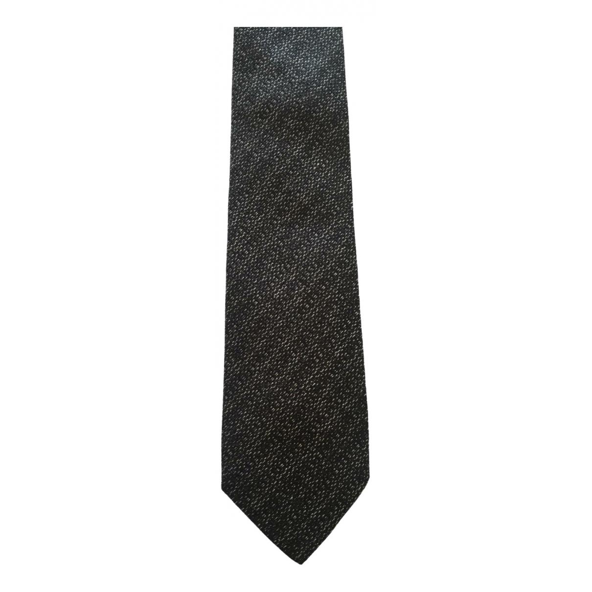 Hugo Boss \N Krawatten in  Grau Seide