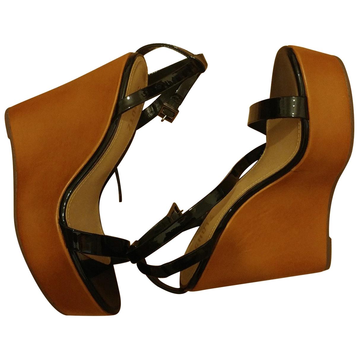 Schutz \N Sandalen in  Schwarz Lackleder