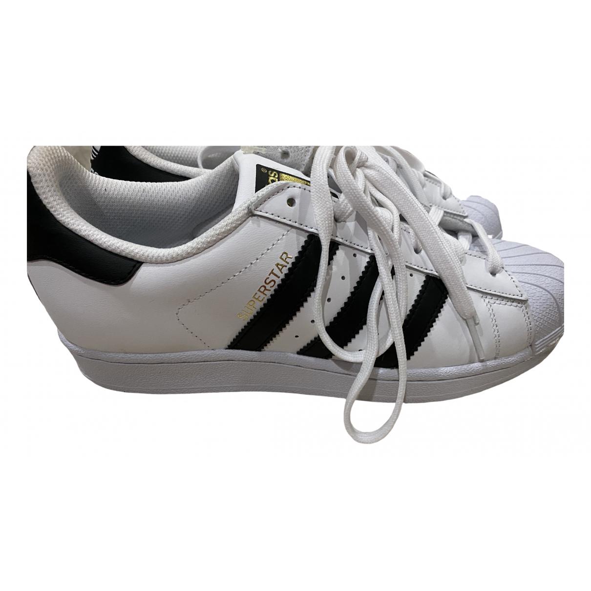 Adidas - Baskets Superstar pour femme en caoutchouc - blanc
