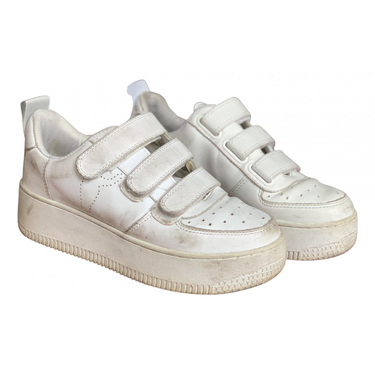 Windsor Smith \N Sneakers in  Weiss Leder