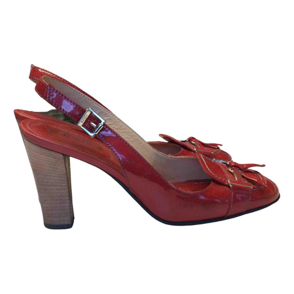 Tods \N Sandalen in  Rot Lackleder