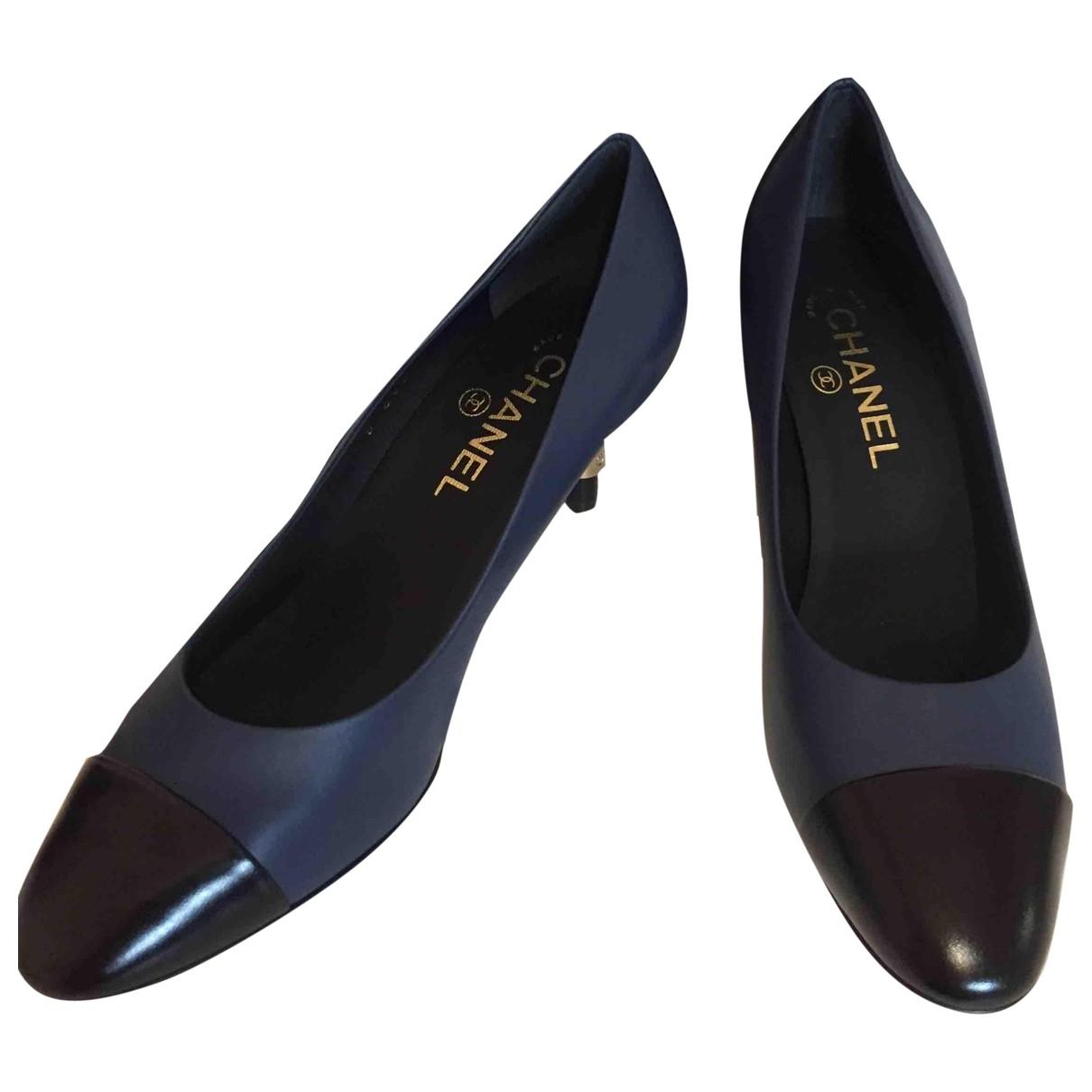 Chanel - Escarpins   pour femme en cuir - bleu