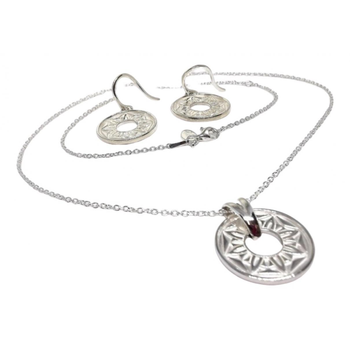 Non Signe / Unsigned \N Schmuck-set in  Silber Silber