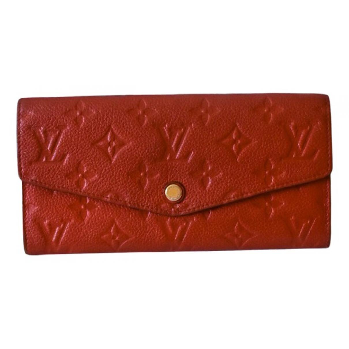 Louis Vuitton \N Portemonnaie in  Rot Leder